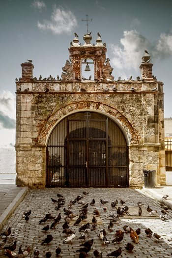 Chapel-of-Christ-the-Savior-in-Old-San-Juan-508089740_3648x5472.jpeg